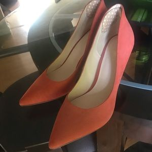 Nine West size 8 salmon colored heels